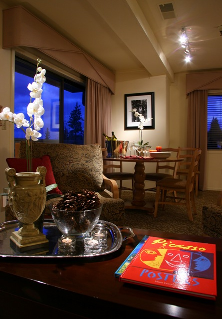 The Lodge At Bryce Canyon Dining Room: The Lodge At Kingsbury Crossing In Lake Tahoe